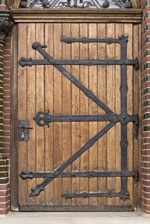 Medieval Door Right Texture by SimoonMurray on DeviantArt