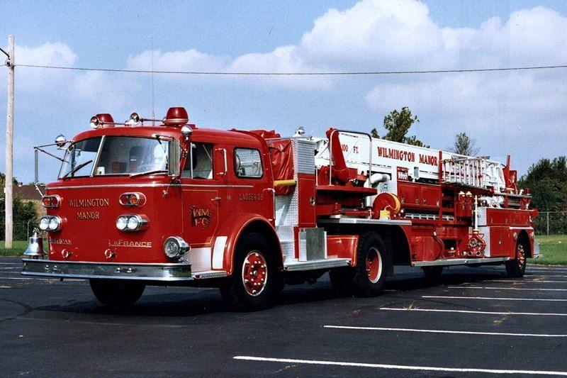 de wilmington manor fc 1965 american lafrance 900 series tractor