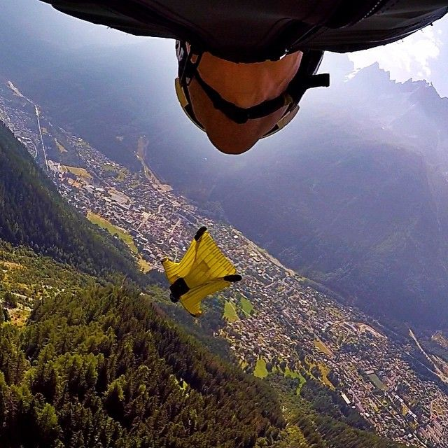 Zak doing what he does best, which is corkscrewing into his line #flysquirrel #basejumping #wingsuit #VonZipper #gopro @gopro @u_float #france #fly #mountains #givesyouwings #photooftheday #picoftheday #base #natgeo #nakedplanet #beahero #hero4session #dream