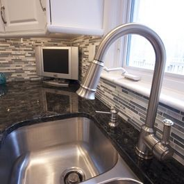 What A Great Combination Of Volga Blue Granite Mixed With White Cabinets And Gray