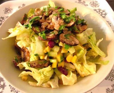 Frau Schulz zeigt uns ihren 'Bitteschnellgesundwerden' Salat