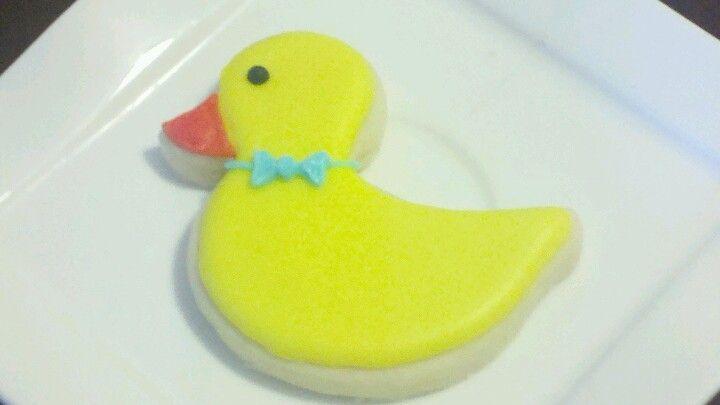 Baby shower duck sugar cookie