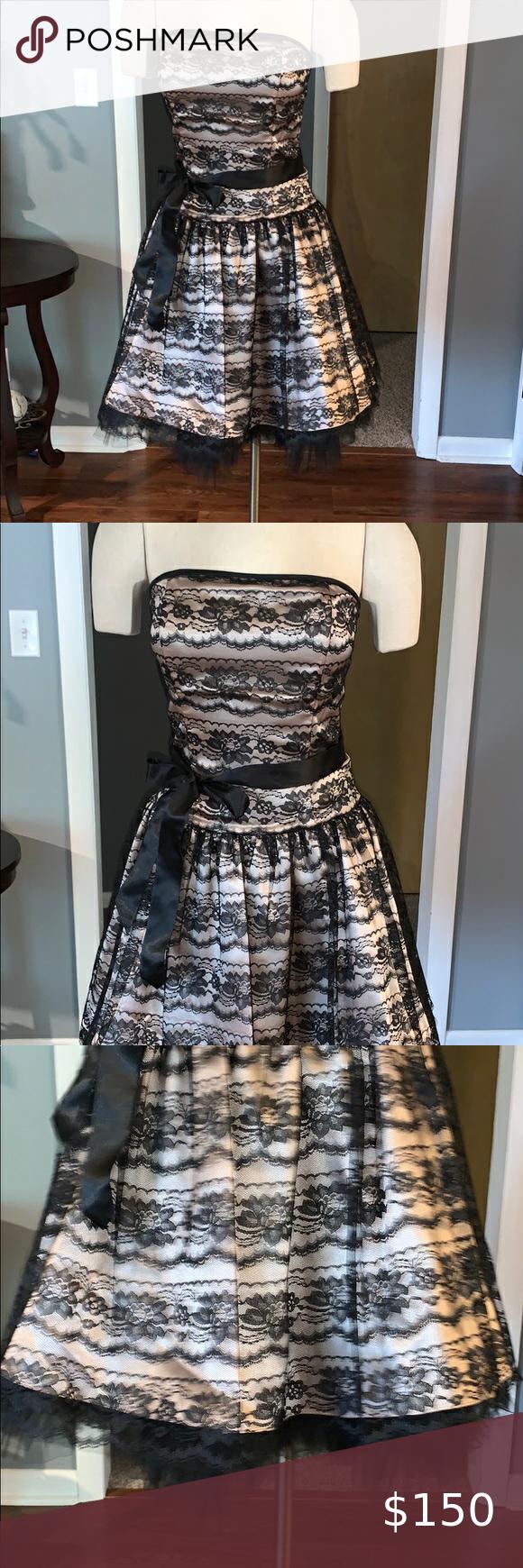 Gunne Sax Formal Black And Cream Lace Dress Cream Lace Dress Lace Dress White Lace Maxi Dress [ 1740 x 580 Pixel ]