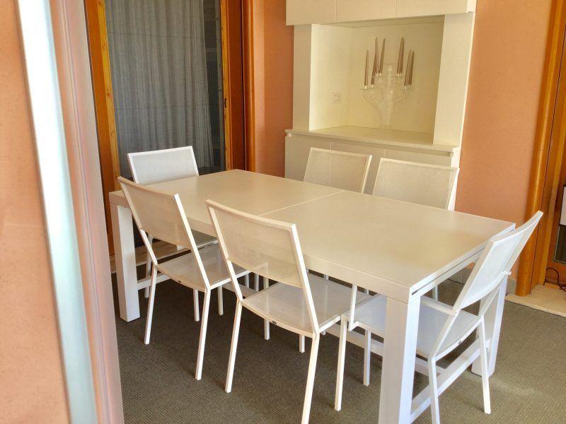 Tavolo da esterni Unopiù modello Conrad con sedie: 1.400 ...