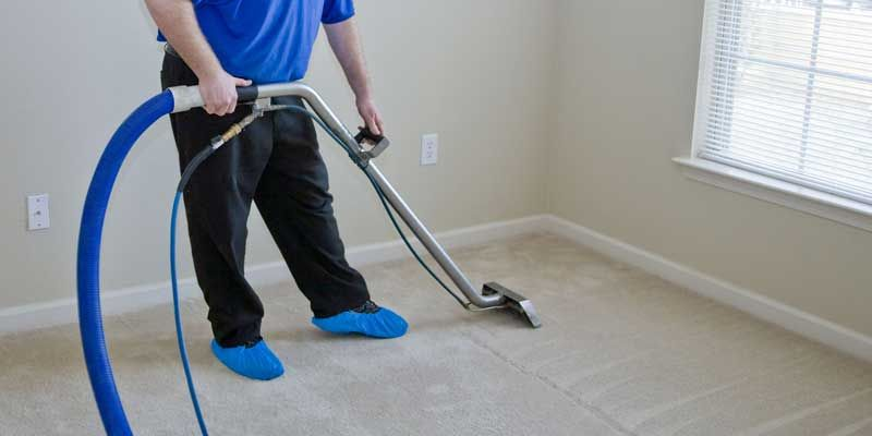 When We Take Decision To Hire A Professional Carpet Cleaning In Gilbert Az There Are A Few Thi How To Clean Carpet Carpet Cleaning Service Cleaning Upholstery