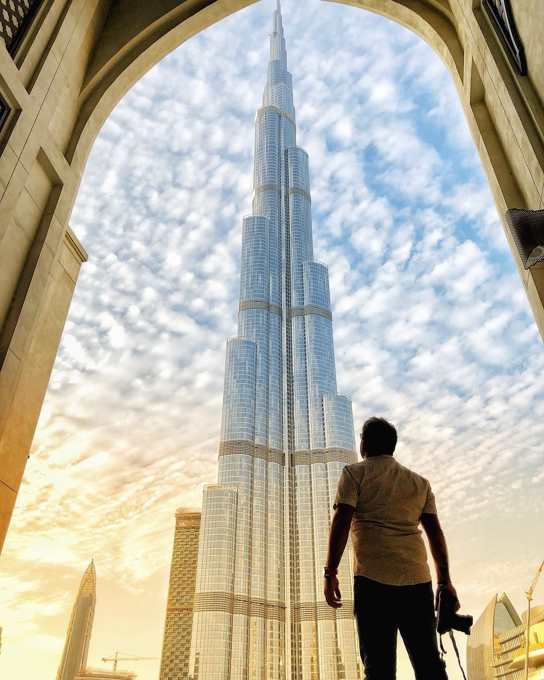 Dubai With My Bro Erikruizphoto Follow Him Erikruizphoto Burj Khalifa Dubai Travel Guide Dubai Travel