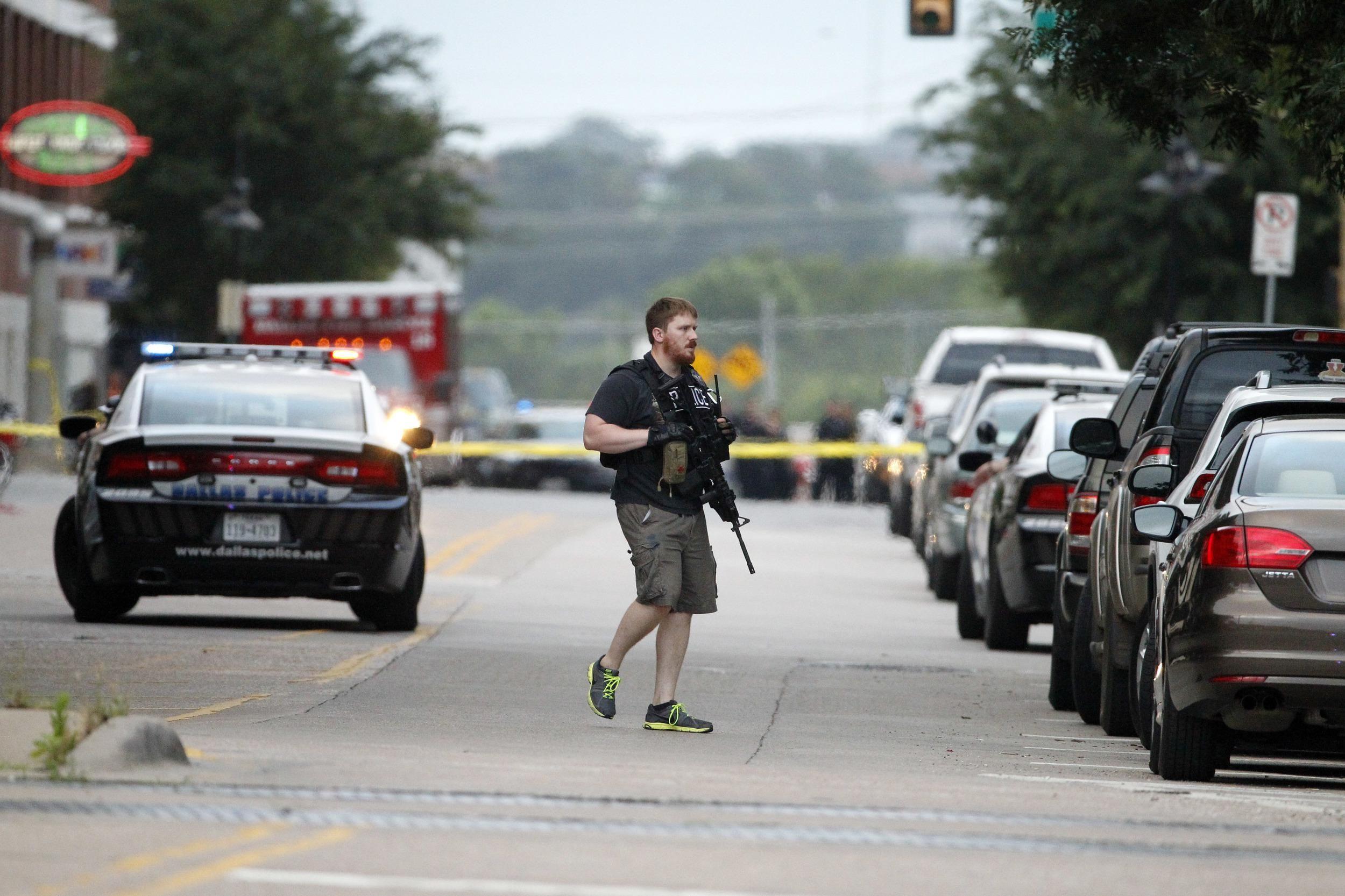 Police: Suspect dead after attack on Dallas police building