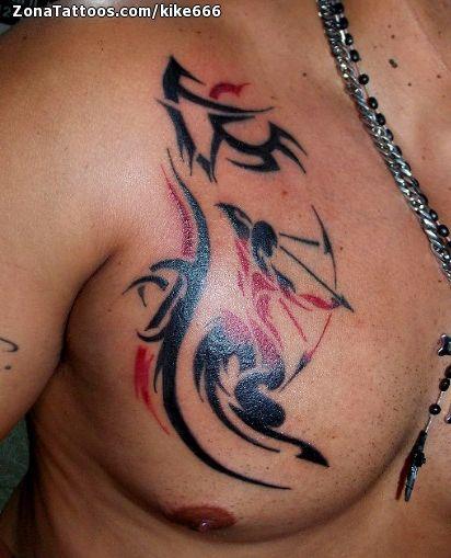Tatuaje de Zodiaco, Pecho, Tribales Tatuajes