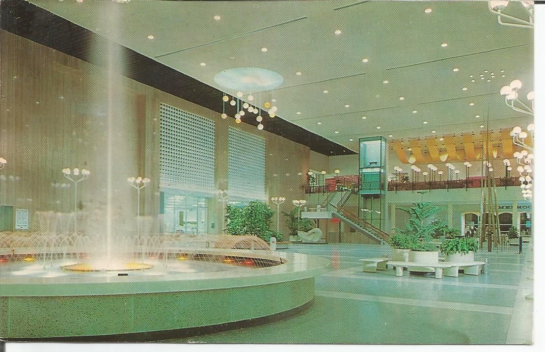 Meet you at the fountain! Westland Mall 1965 | The History of Wayne ...