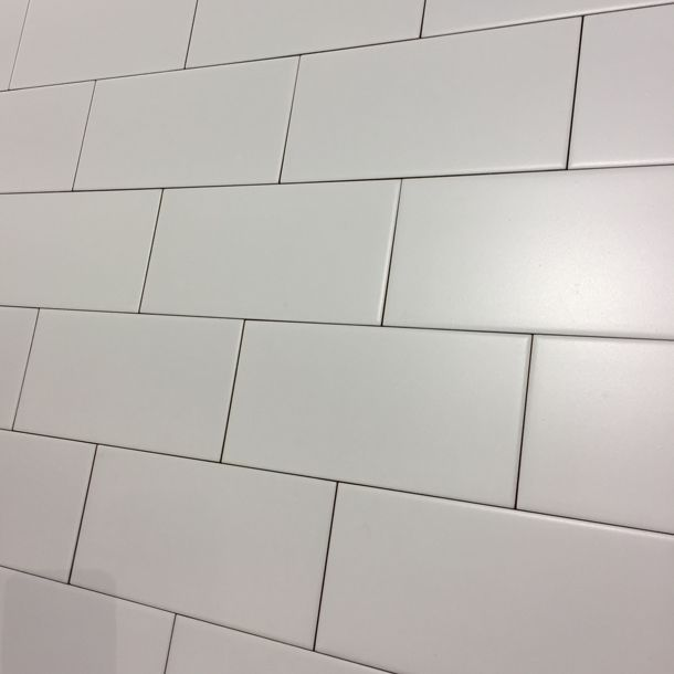 10x20cm Metro Smooth Flat Brick Matt White Tile By Fabresa White Tiles White Kitchen Tiles White Kitchen Cupboards