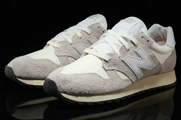 size 40 85f53 ff78a New Balance 520 Hairy Suede Pack Sea Salt and Angora