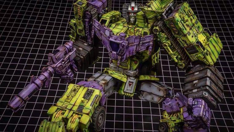 Transformers Toyworld TW-FS03P World War II Purple Bumblebee,In stock!