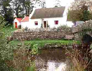 Cottages Of England Ireland And Scotland