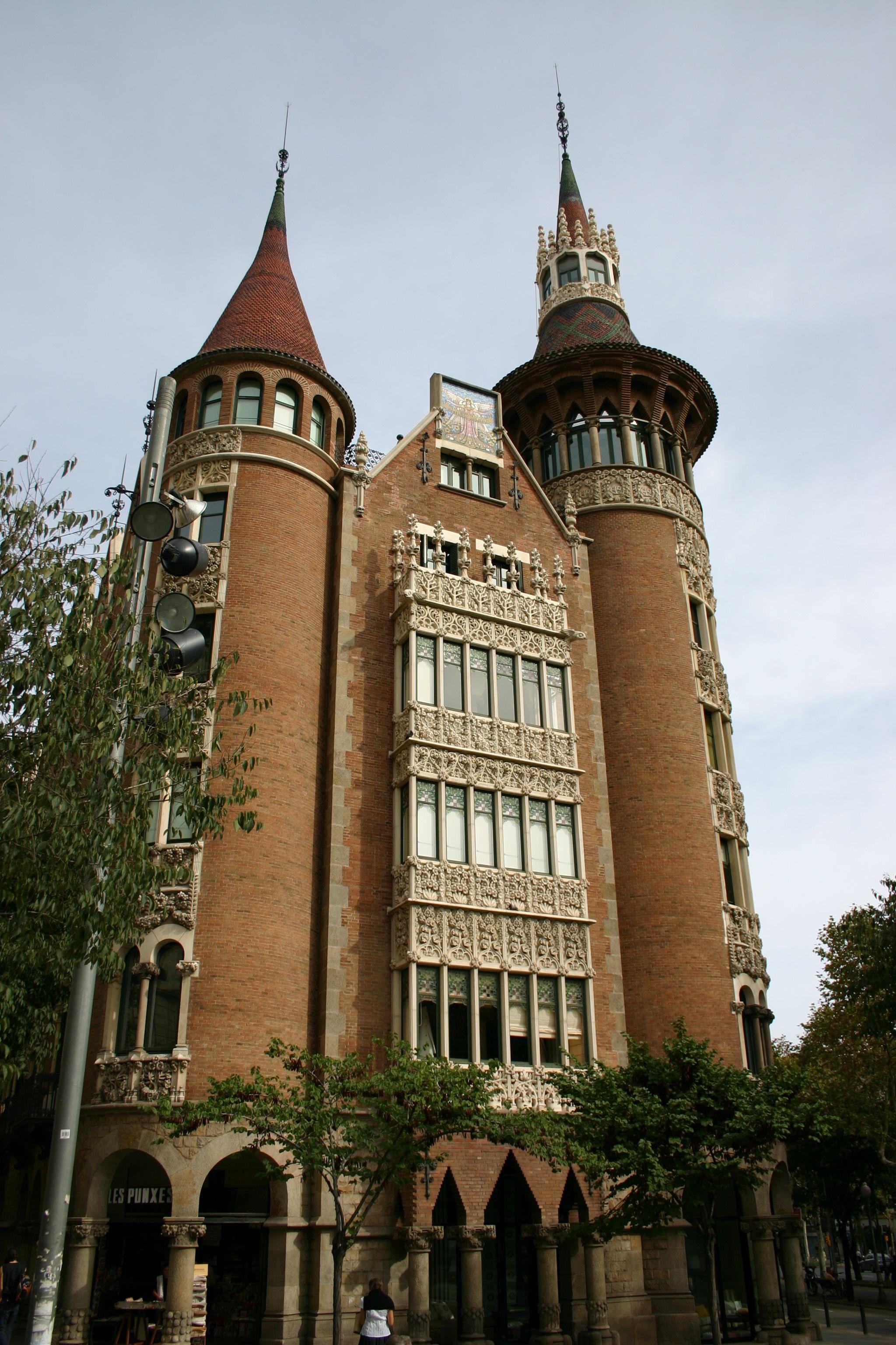 Puig I Cadafalch Casa De Les Punxes Barcelona Corte Laser  # Muebles En El Puig