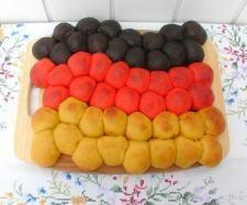 Rezept Deutschland Fahne Partybrot WM2014 von sauerampferstängelchen - Rezept der Kategorie Brot & Brötchen