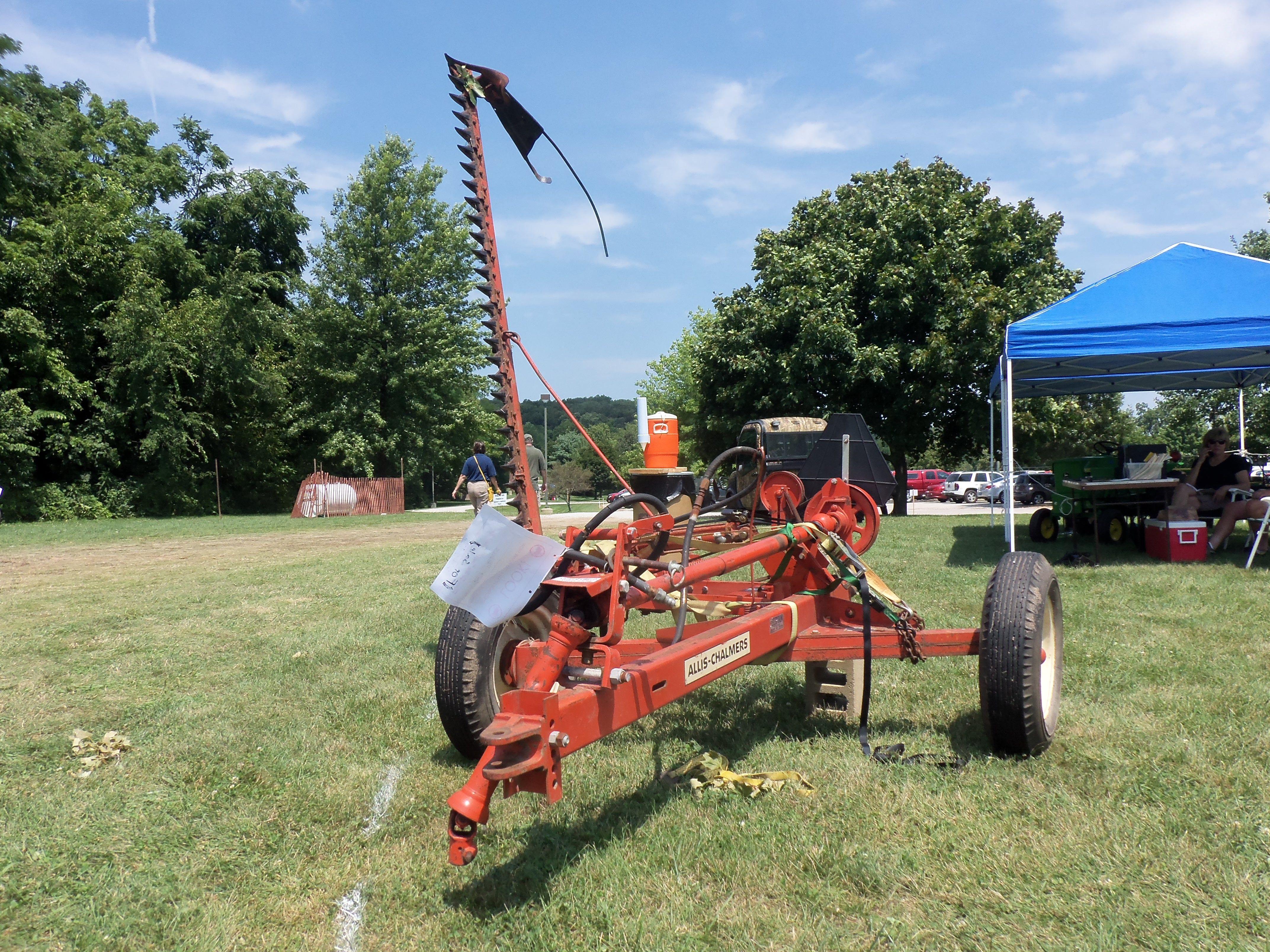 Allis Chalmers 82t Mower Old Farm Equipment Vintage Tractors Vintage Farm