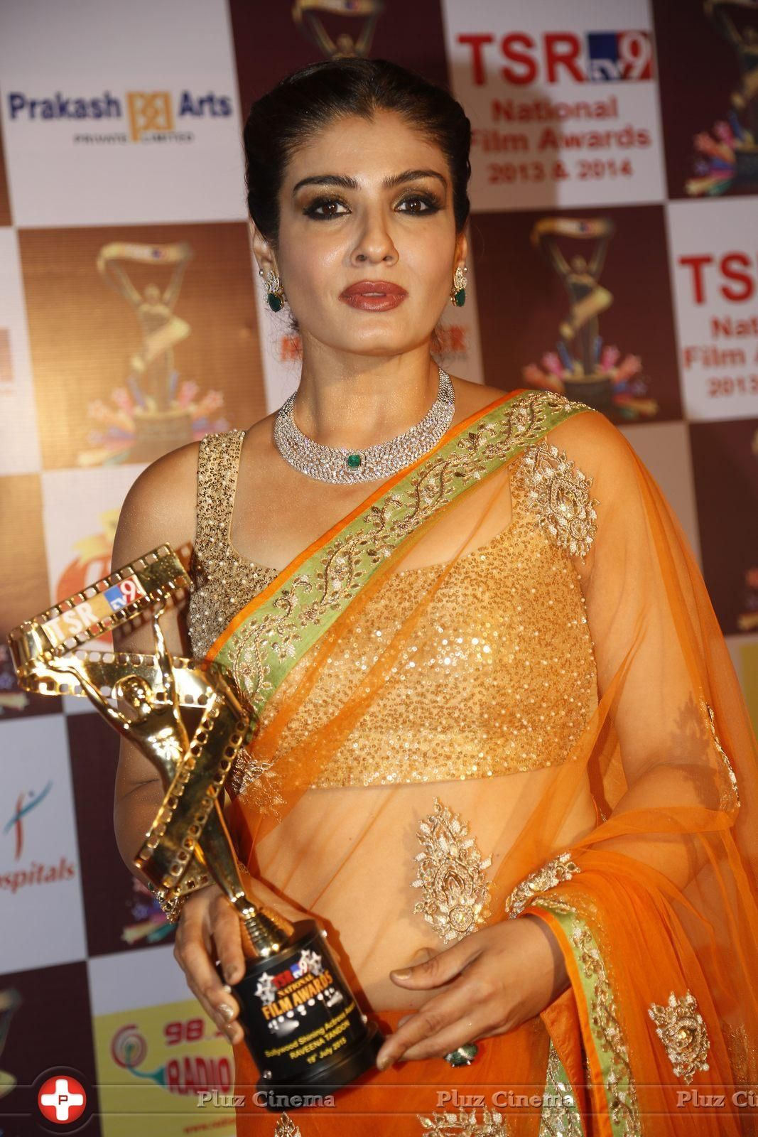 throat speciality Ost trifft Ost-Dating looking for