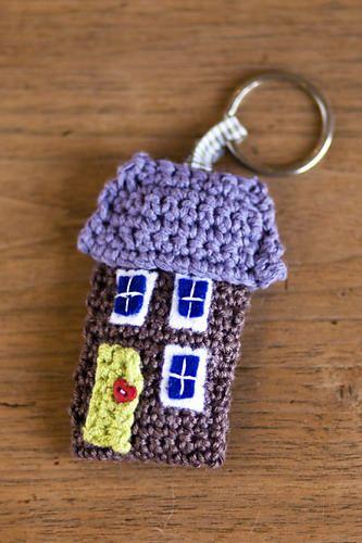 Schlüsselanhänger Haus Häkeln Häkelprojekte Crochet Crochet