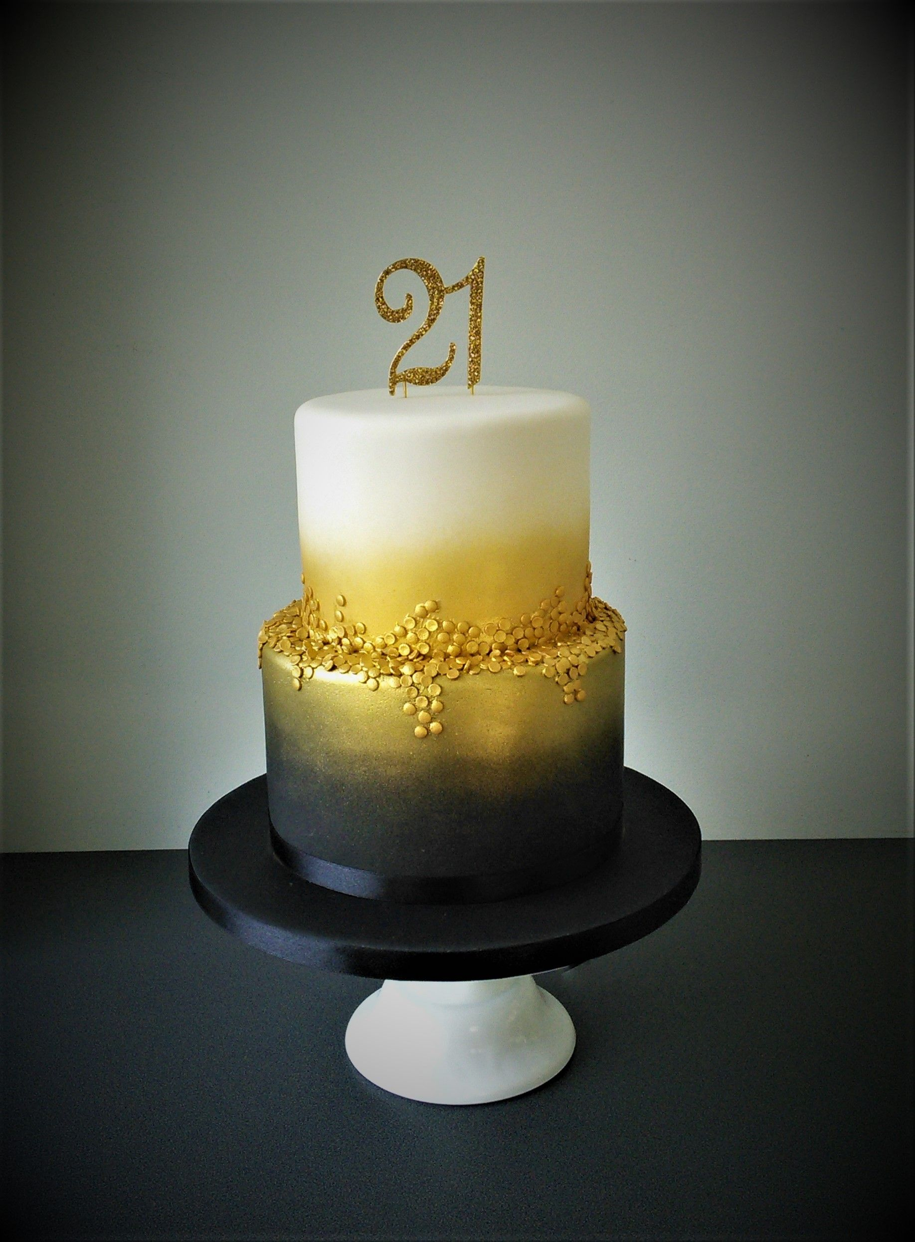 Black Gold And White 21st Birthday Cake 21st Birthday Cakes