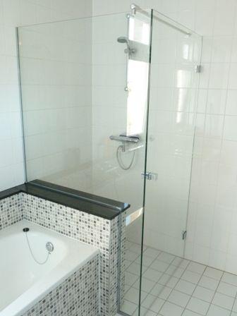 Glazenwand tussen bad en douche | Badkamer | Pinterest | Decoration