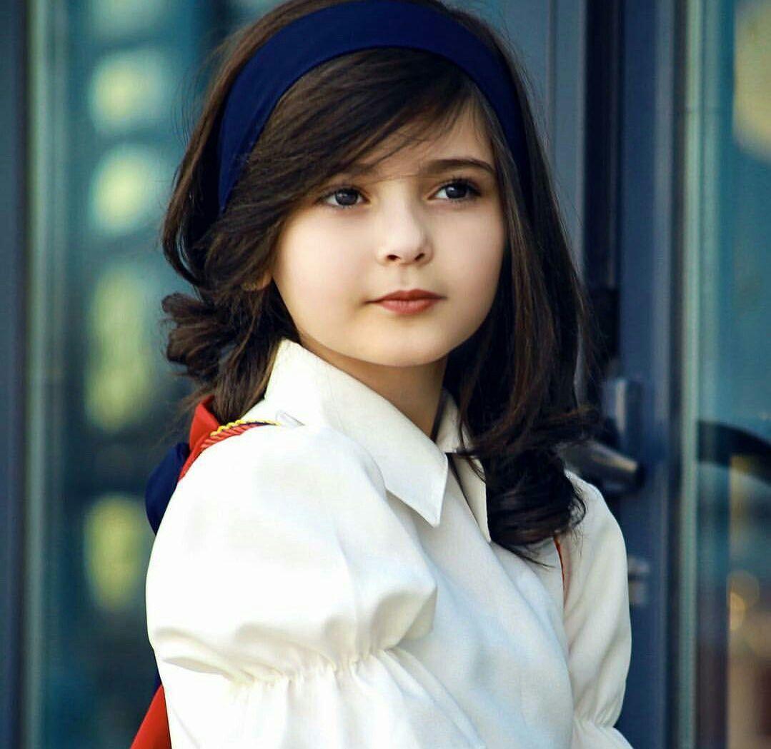 Pin By Farhana Ansari On Beautiful All Cute Baby Girl Pictures Cute Baby Girl Images Cute Baby Girl Wallpaper