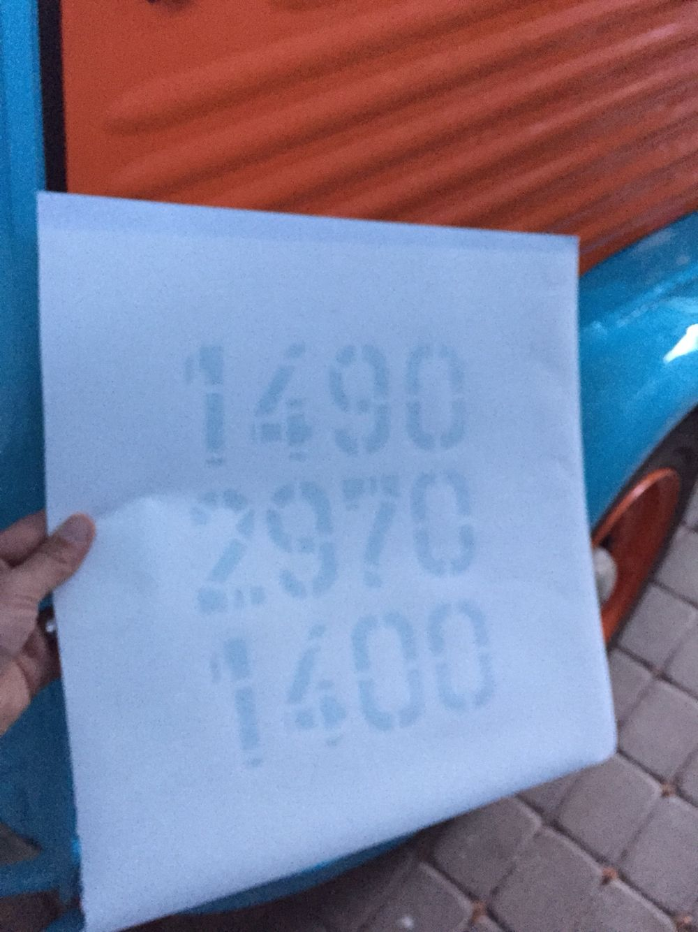 Weight limits will be painted with a sticker sablon.