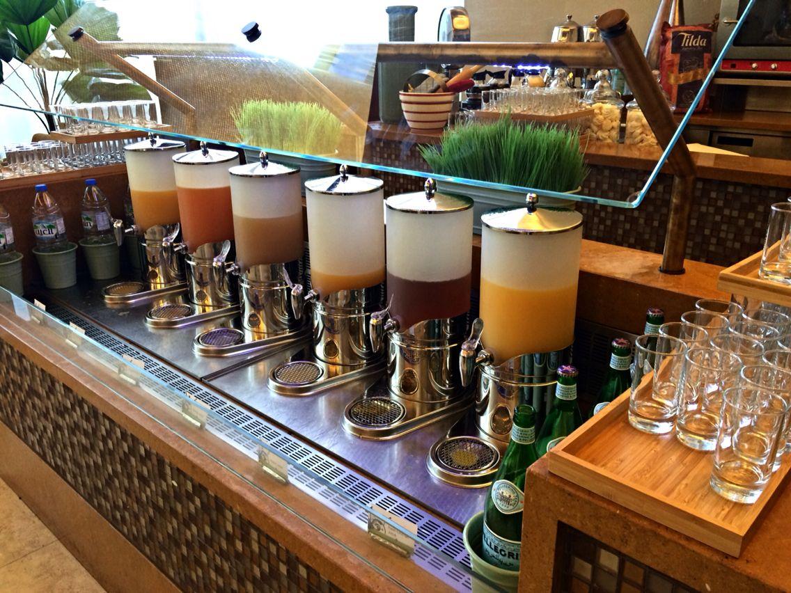 Juice bar al ghurair RAYHAAN hotel dubai Juice bar