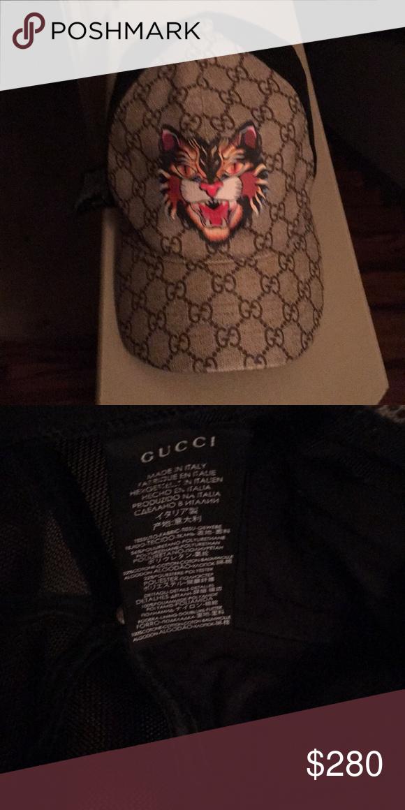 d66fac44a3a7 Gucci tiger baseball cap Sparingly Used Gucci baseball cap store price    350 Accessories Hats