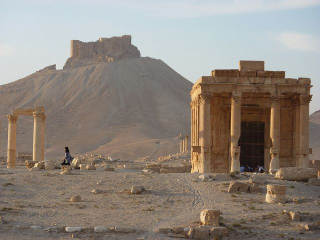 https://www.flickr.com/photos/46879500@N06/5806198508/in/pool-syria-history