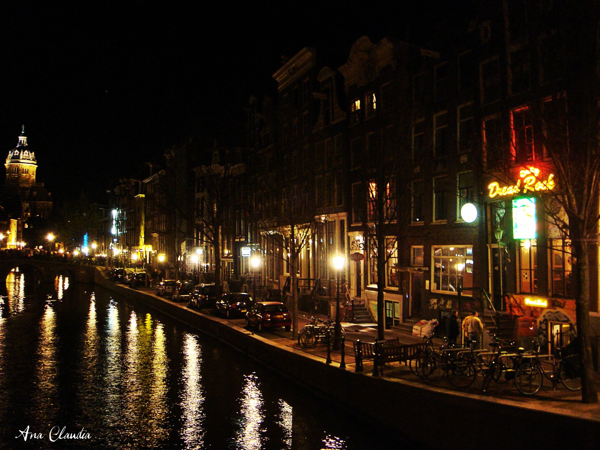 Amsterdam at night, getting to the red zone.   Lugares