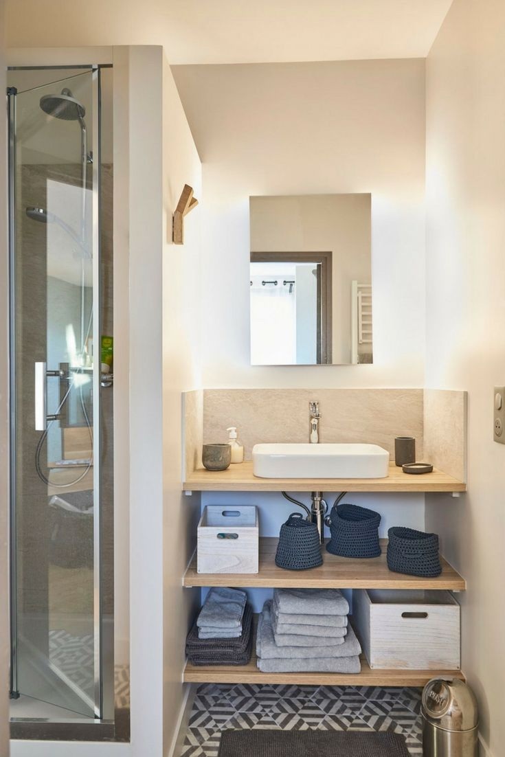 Adorable Bathroom In The Heart Of Central Paris! Another Amazing Lodgis  Apartment