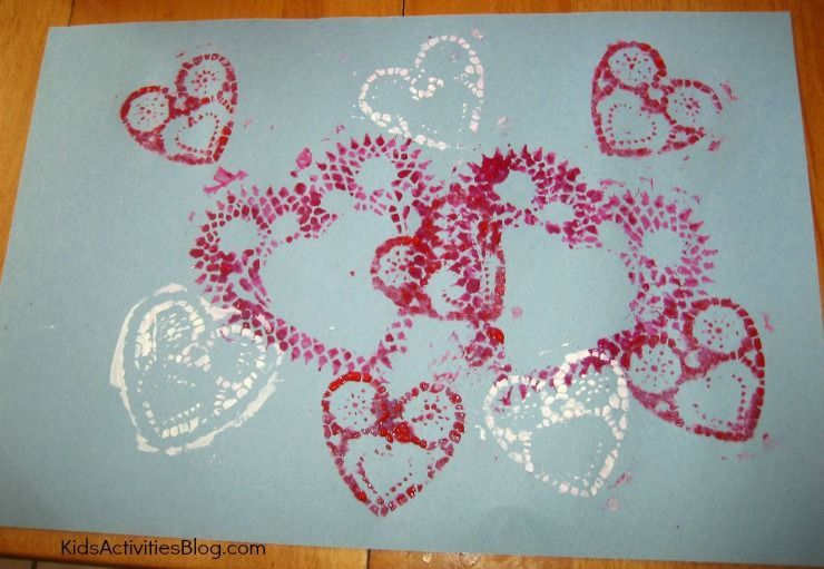 Doile Printmaking for Valentine's Day #craft #ValentinesDay