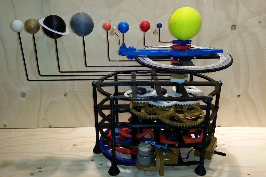 8 Motorized Orrery 3D Printed (mit Bildern) 3d