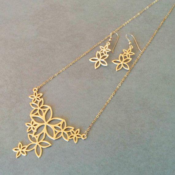 gold flower necklace flower