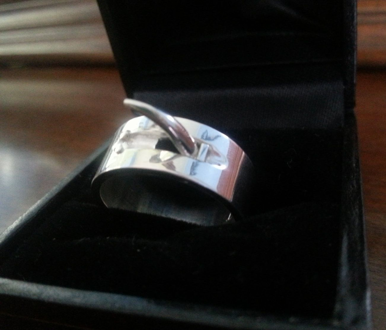 Attack On Titan Annie S Ring Attack On Titan Attack On Titan Anime Geeky Engagement Rings