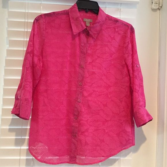 Chicos Summer Blouse Lovely pink Chicos blouse. Tab 3/4 sleeves Chico's Tops Blouses