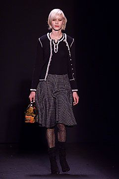 Anna Sui Autumn/Winter 2001 Ready-To-Wear Collection | British Vogue