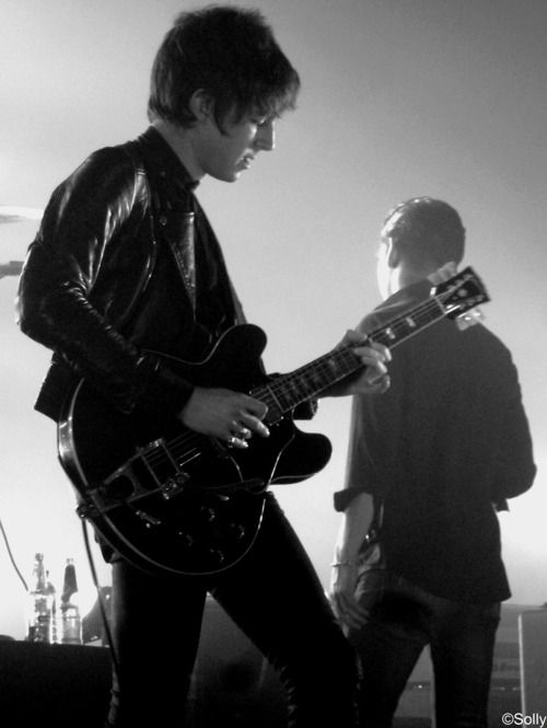 Miles fucking Kane (with an extra Alex Turner in the background)