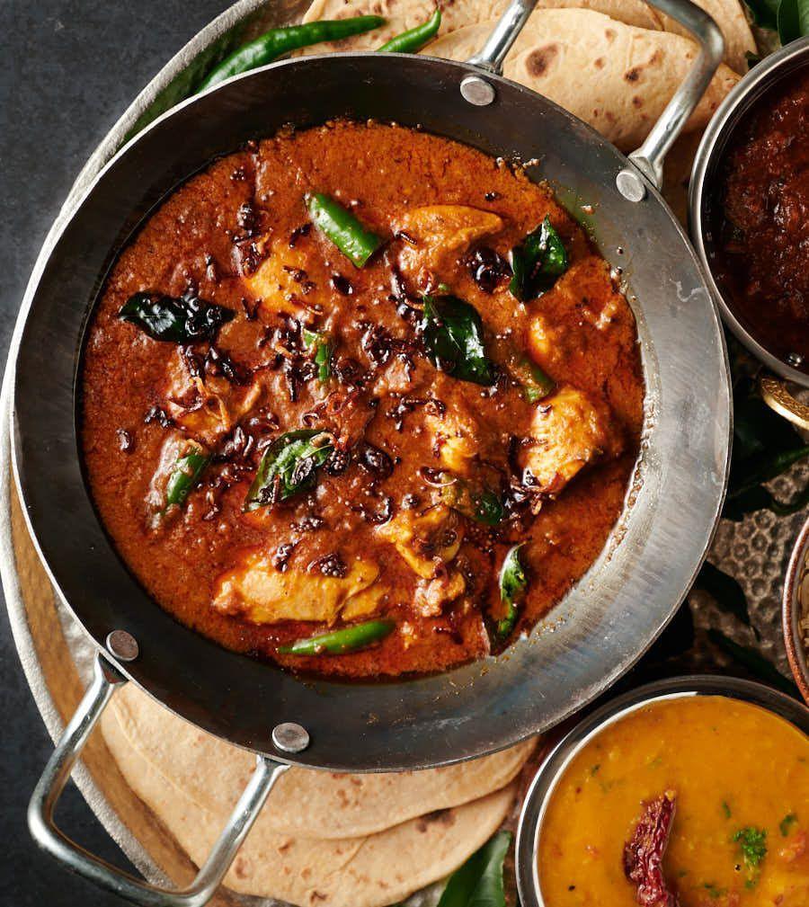 Kerala Chicken Curry Nadan Kohzi Indian Hotel Style Recipe Kerala Chicken Curry Curry Chicken Chicken Thights Recipes