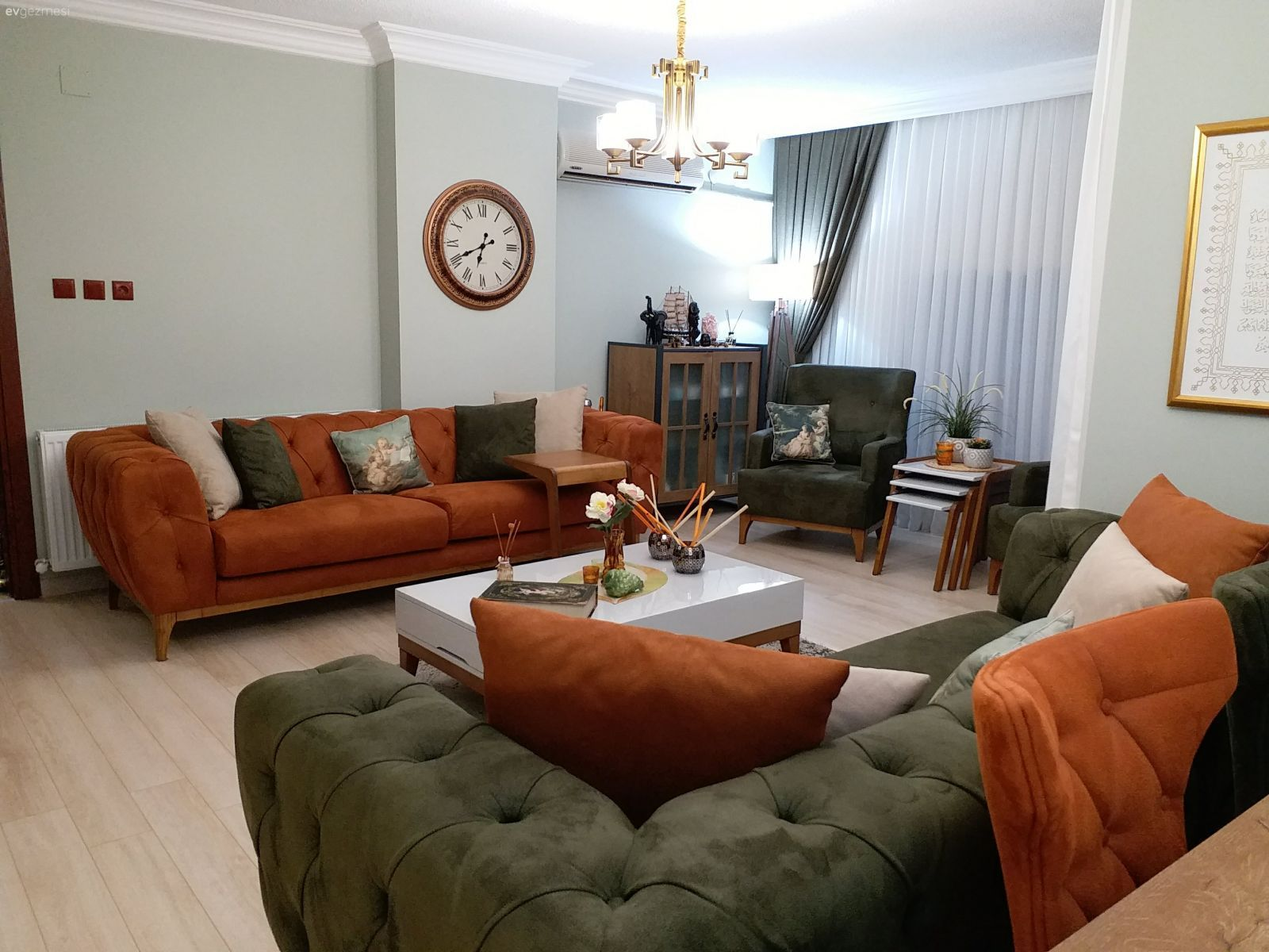 Our Hall 2nd Dekore Wohnzimmerideen Livingroomdecoration Livingroomdecor Wohnzimmer Einrichten Dekoration Wohnung Wohnen