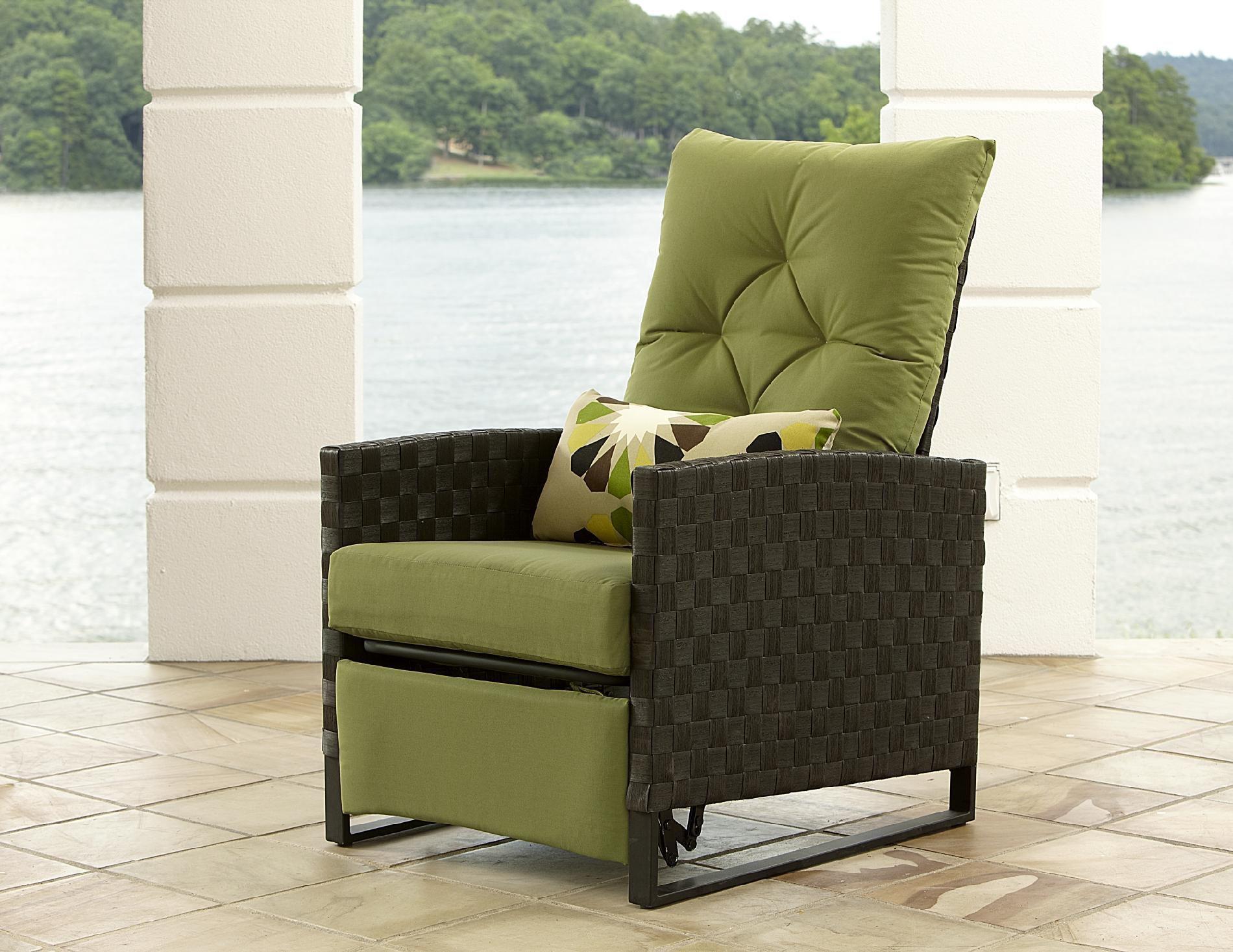 La Z Boy Outdoor Karson Recliner   Outdoor Living   Patio Furniture   Chairs