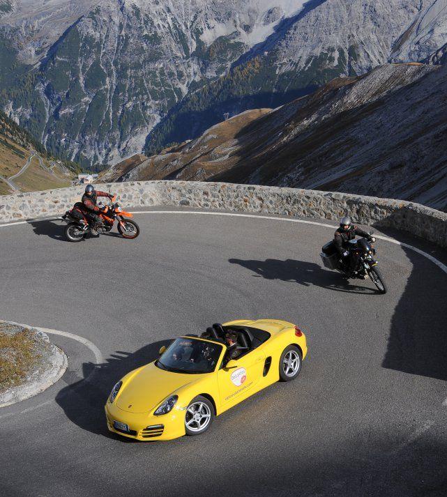 Aktiv - und LIfestyle Urlaub in Südtirol - Mit dem Porsche Boxster auf das Stilfserjoch.