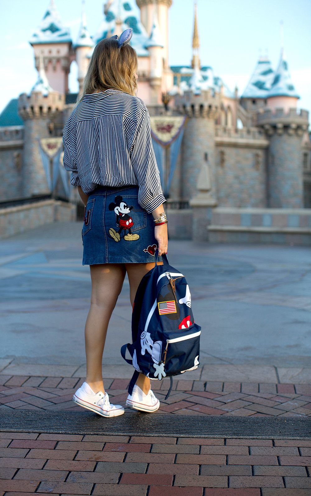Cute Summer Outfits For Vacation: How This Fashion Blogger And Disney Fan Girl Elevates Her
