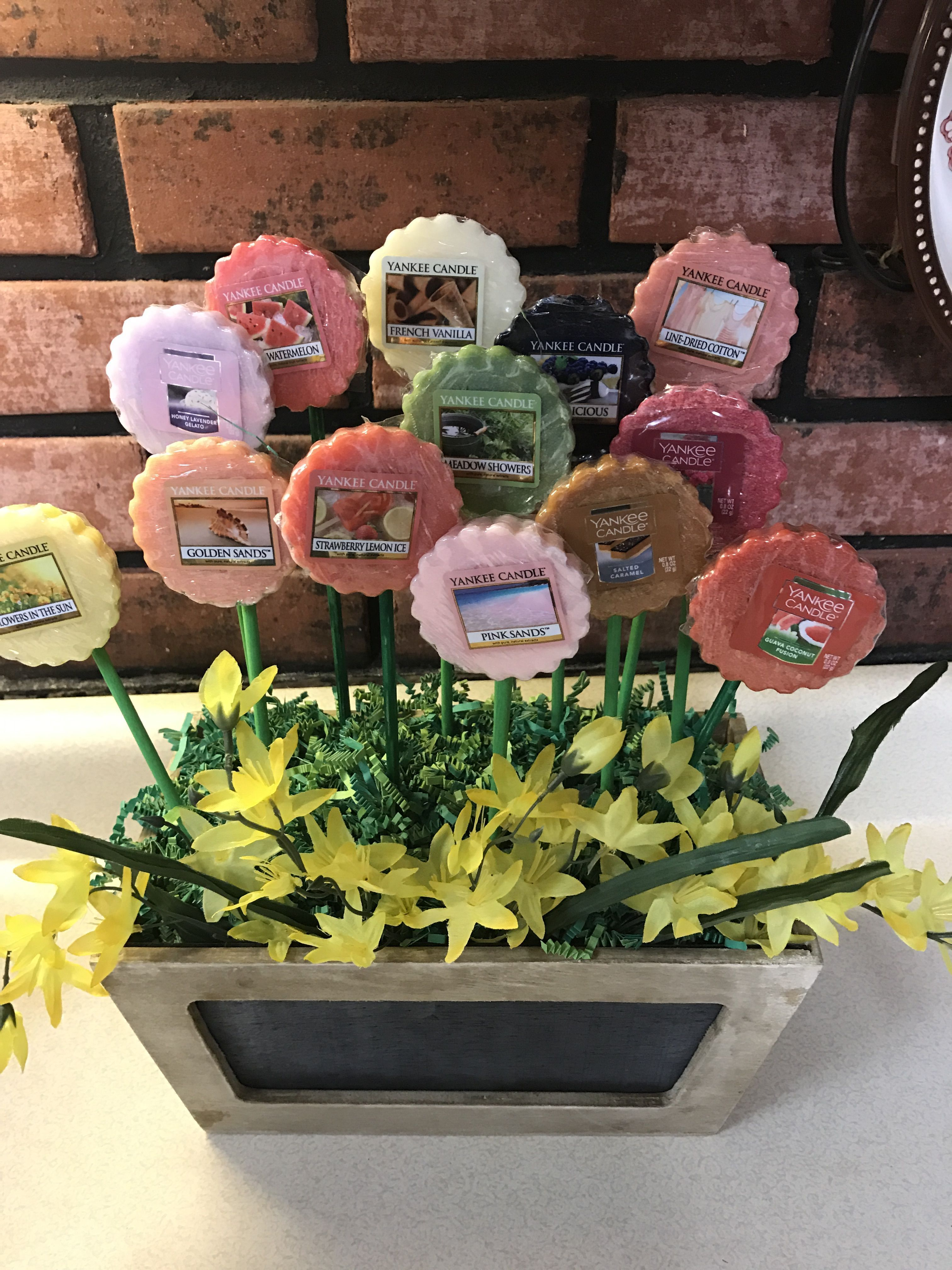 yankee candle wax melts bouquet as a prize for bridal shower games floral bridalshower giftbasket bridalshowerfavors