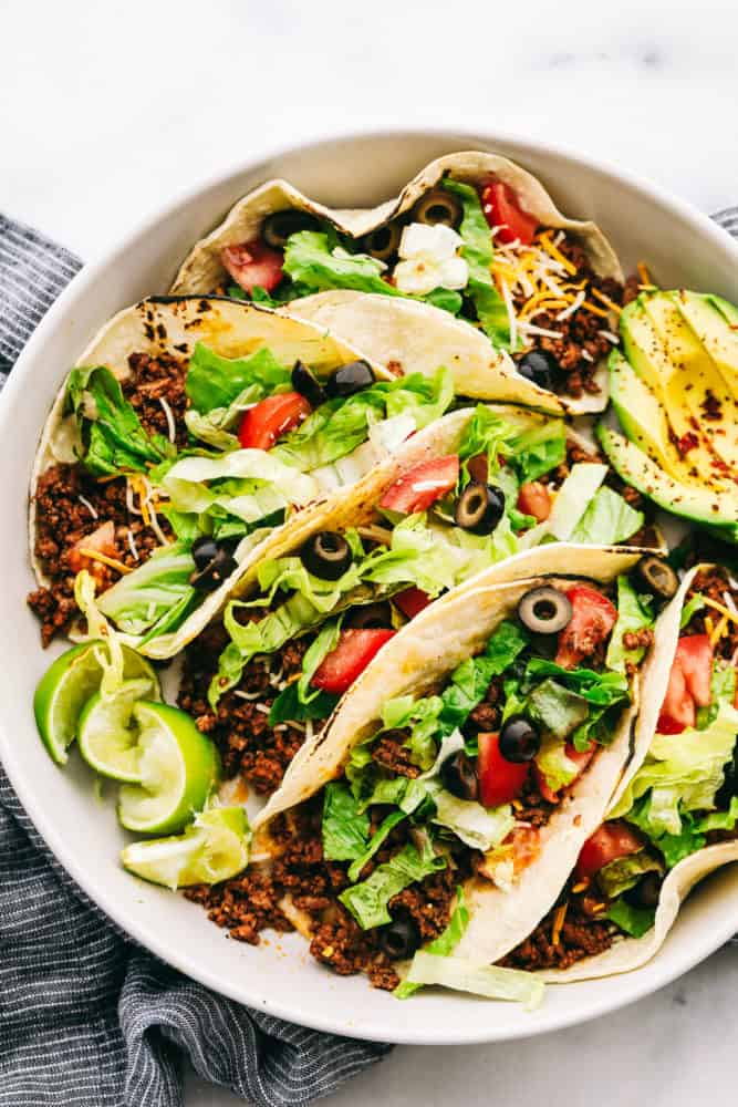 Ground Beef Tacos Are A Quick And Easy Dinner That Your Whole Family Will Love Fill A Taco With Ground Beef Dinner With Ground Beef Recipes Using Ground Beef