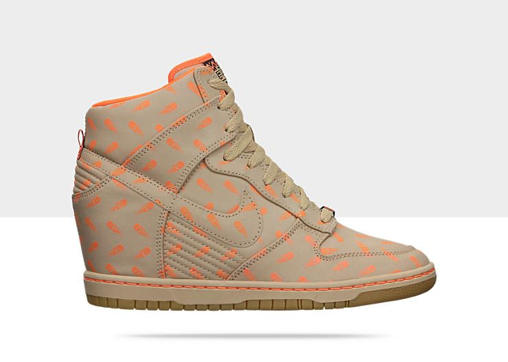 8eb2eeffcdd How mad are you about March Madness  Women s Nike Dunk Sky High BHM QS via  Nike.com ( as recommended by  DailyCandy )