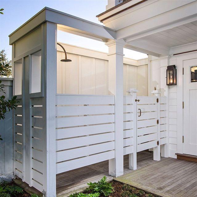 Outdoor Shower Robynhoganhomedesign Robyn Hogan Home Design Unlacquered Brass Waterworks Showe Outdoor Shower Outdoor Shower Enclosure Outdoor Bathrooms