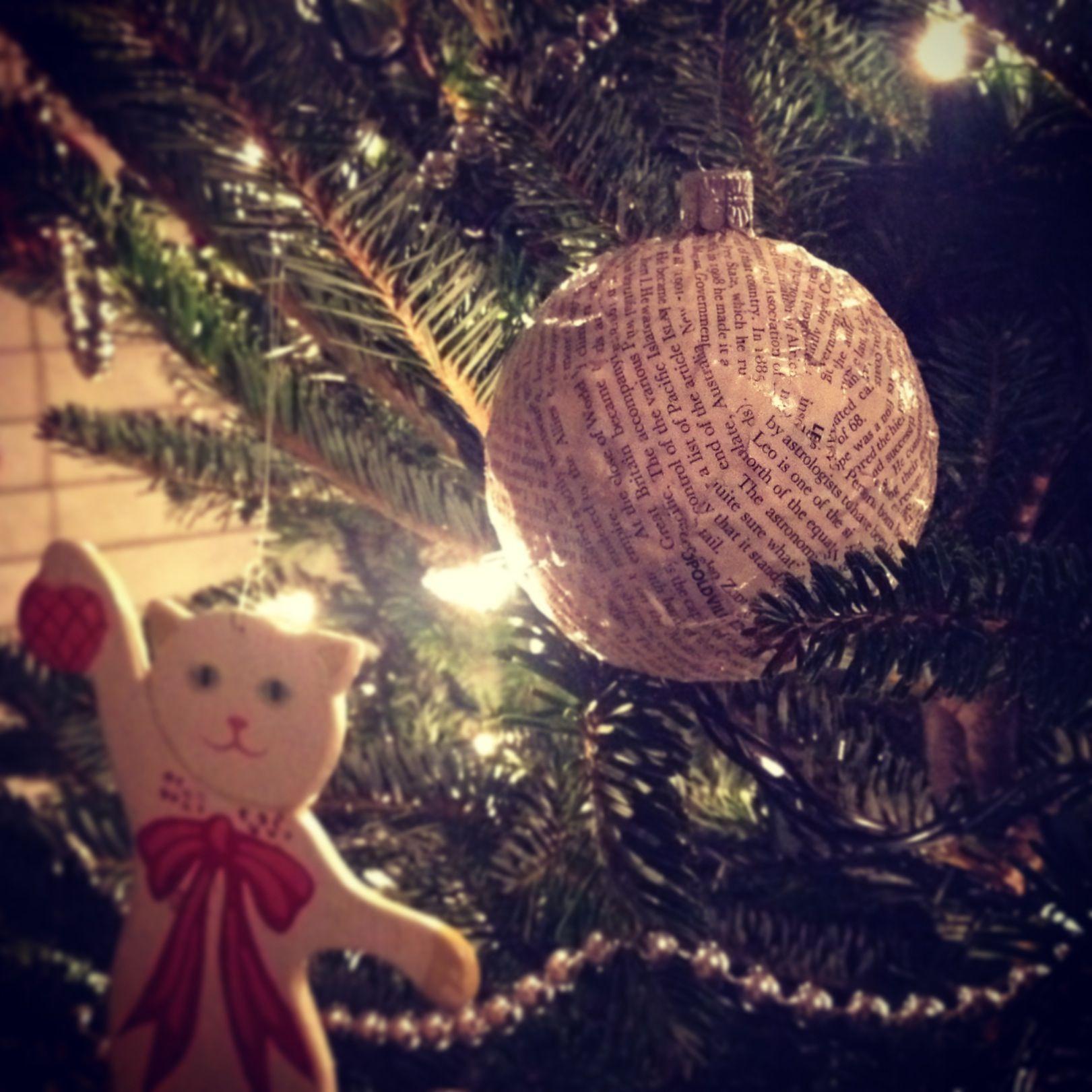 11 best Decoupage Christmas ornaments images on Pinterest