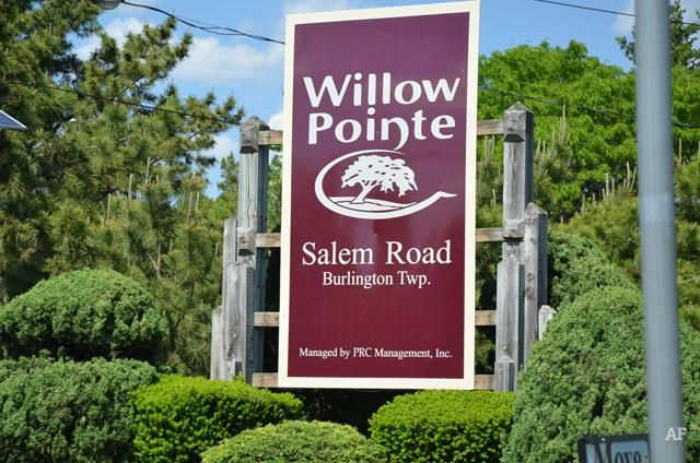 Welcome To Willow Pointe Apartments Where You Can Choose From A Number Of Burlington Apartments For Rent Finding Apartments