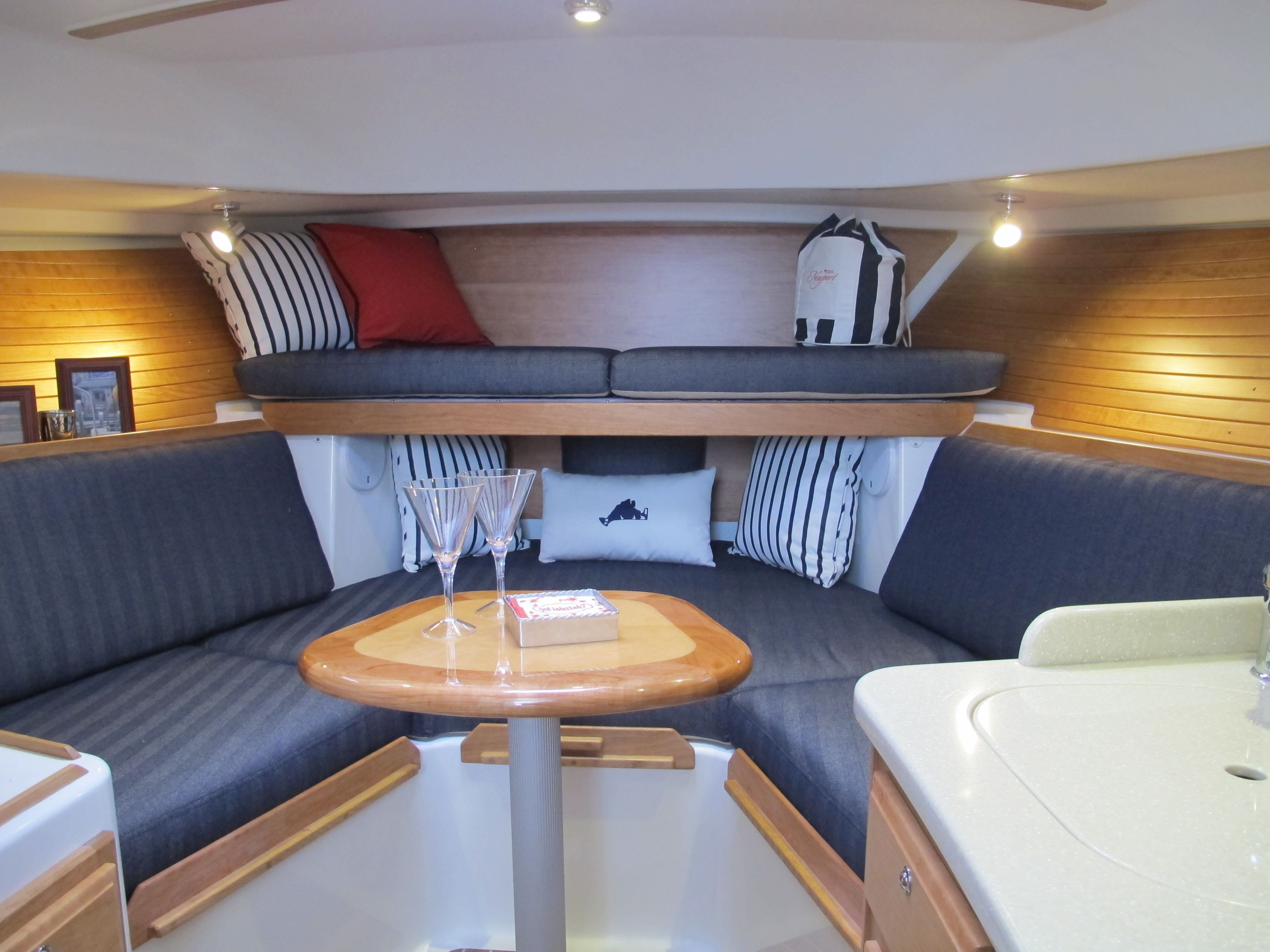 Boston Yacht Sales; Back Cove 30, seating arrangement options. Custom decor by Boston Yacht Sales and S & S Fabric Products